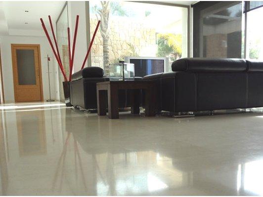 Pavimentos de interior belapiedra for Baldosas interior baratas