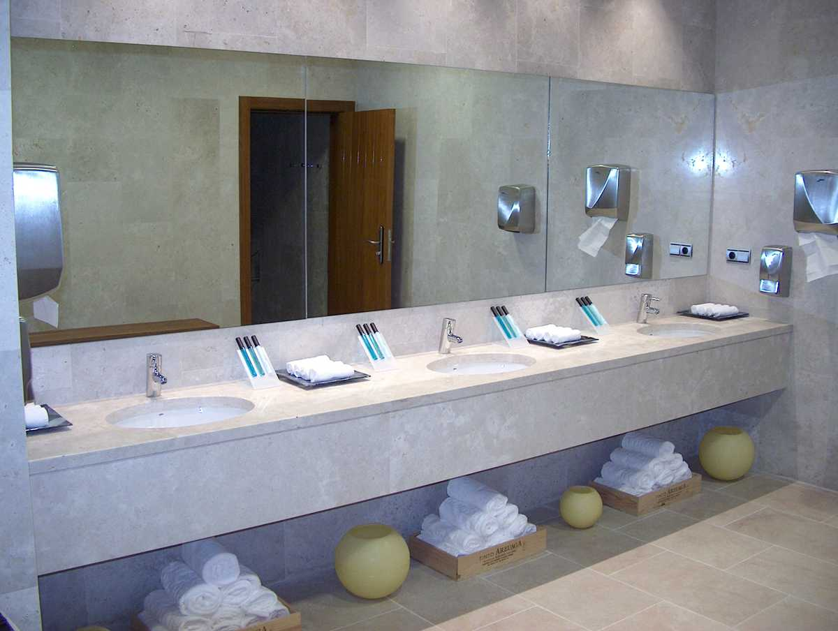 Baño completo Belapiedra